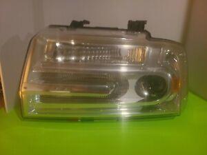 2010 Lincoln navigator left headlight
