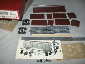 A6205 HO RARE, all metal, ROUNDHOUSE B701 UNDEC SANTA FE RR 40' WOOD BOX CAR