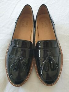 Naturalizer Black Patent Leather Brogues. Size 8.