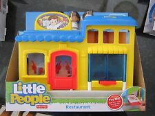Fisher Price Little People Restaurant NEW Pizza place town chef Koby Mia table