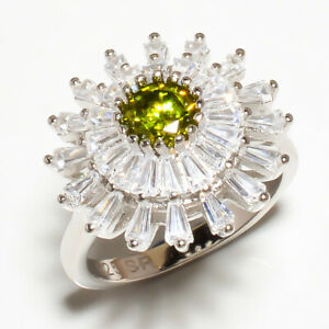 Burmese Peridot & White Topaz Gemstone 925 Sterling Silver Jewelry Ring s.8 M536