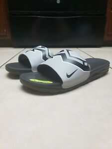 Nike Benassi Solarsoft NBA San Antonio Spurs Slide Sandal - Size 11 - 917551 001