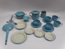 CASA BAMBOLE 21 pezzi accessori CUCINA antichi metallo antique stove DOLL HOUSE