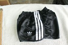 Vintage Adidas sprinter shorts. 30 w. May have been worn.