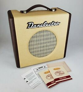 Danelectro Nifty Fifty Guitar Amp Rare Excellent Condition with Manual