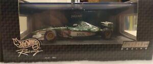 Hot Wheels Racing 1/43 Jaguar Eddie Irvine #26752 200 C