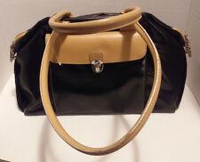 MAXX New York Black/Tan Medium Handbag