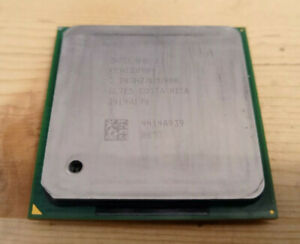 Processeur Intel Pentium 4 / 3.2Ghz / 1Mo / 800Mhz / Socket 478 / SL7E5