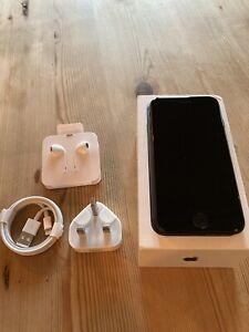 Apple iPhone 7 - 32GB - Black (EE)A1778