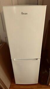 White Swan Fridge Freezer - SR8180W - Fab Condition