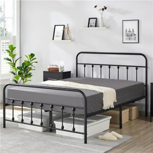 Twin/Full/Queen Metal Bed Frame Mattress Foundation w/Flower Design Headboard