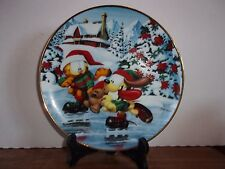 "The Danbury Mint - Garfield's Christmas - ""Winter Wonderland 8"" Plate"