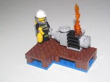 Lego ® City Minifig Figurine Pompier + Extincteur sur Quai Moteur en Feu NEW
