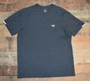 Arcteryx Cormac Crew Neck Metallic Gray Performance Men T-Shirt Large EUC B59
