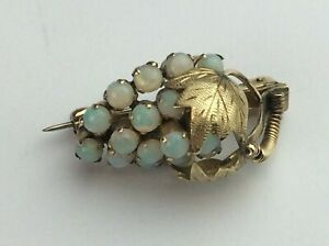 18ct Yellow Gold Brooch Bunch of Grapes with Multiple Opals Available Worldwide