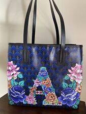 LIBERTY OF LONDON IPHIS MARLBOROUGH ALPHA TOTE - LETTER A - NWT