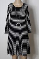 orsay Kleid Gr. S schwarz-weiß gestreift 3/4-Arm A-Linie Rippstrick Kleid