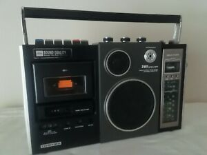 VINTAGE RADIO-CASSETTE PLAYER/RECORDER TOSHIBA RT-580F   From70s