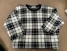 H&M Black and white winter girls top, age 10-12