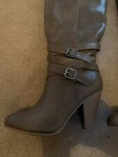 Ladies Taupe Light Brown PU Heeled Buckle Boots Size 5.5 New And Unworn
