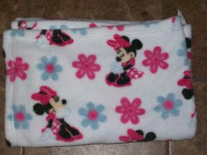 Disney Minnie Mouse White Fleece Baby Blanket  Pink Blue Flowers Soft 30 x 40