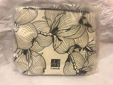 Dr. Botanicals Makeup/cosmetic Bag NEW