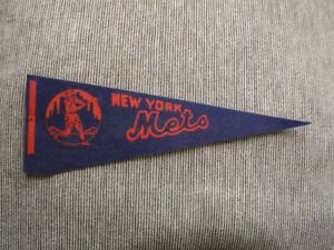 >orig. 1960's/70's New York Mets 15x5 Vintage BASEBALL PENNANT New York Skyline