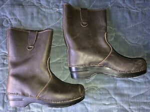 ladies 40 Sanita brown leather clog boots 9 9.5