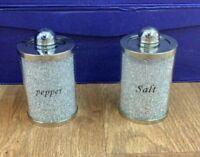 Silver écrasé cristal diamant plateau avec Salt and Pepper Shakers Romany Style UK