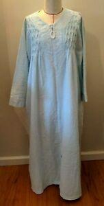 NWOT MISS ELAINE Seersucker Long Robe Housecoat Blue Stripe Zip Front 3X