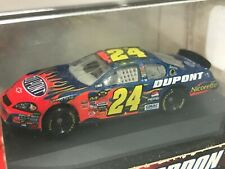 Jeff Gordon No. 24 2007 DuPont Flames 1:87 Die Cast Car