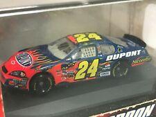 Jeff Gordon No. 24 2007 DuPont Flames 1:87 Die Cast Car
