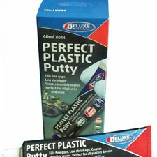 Deluxe Materials Perfect Plastic Putty  40ml DLMBD44