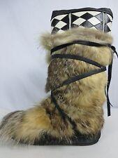 Vintage Alaska? Wrap Tie Coyote Fur Mukluks Size 8.5-9.5