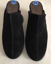 Etienne Aigner Heels NWT Size 7.5 Black