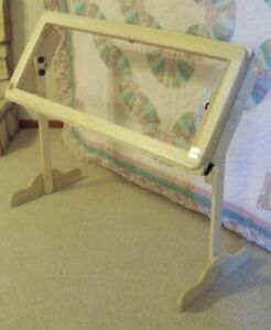 The Ulmer Quilter Wood Quilting Frame - NEW