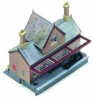 Hornby R8007 OO Gauge Booking Hall Kit