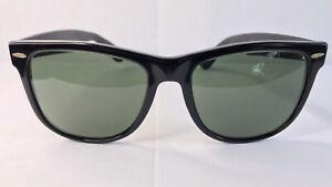 True Vintage 80s B & L Ray-Ban Wayfarer II USA Classic Black Frame Green Lenses