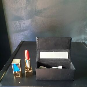 Etui a rouge a levres ysl. + mini pur couture rouge mat ysl. Neuf