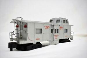 American Flyer 24638 Silver Deluxe Bay Window Illuminated caboose Red print PM