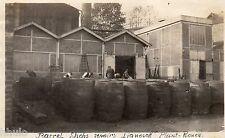 A169 Photographie vintage Originale Rouen Oil Lianosoff barils pétrole 1920