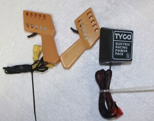 VINTAGE TYCO YELLOW  SLOT CAR CONTROLS AND ELECTRIC RACING POWER PACK
