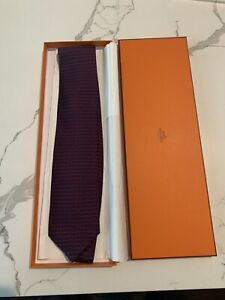 Authentic Hermes Silk Tie Red Necktie pre owned w subtle H background w Box