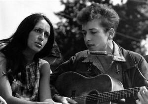 1963 Bob Dylan PHOTO Joan Baez, 1960s folk rock singer Civil Rights March DC