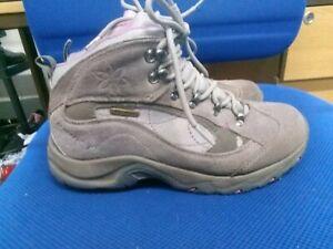 Hi-Tec grey waterproof walking boots size 6/39