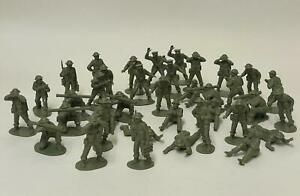 Vintage 70s Airfix WWII British Infantry Support Group Soldiers 1/32, 37 figures