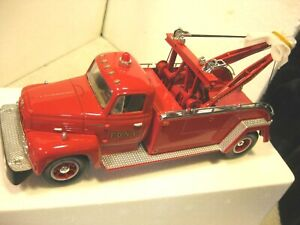 Vintage First Gear F.D.N.Y. die cast R 200 red tow truck