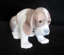Lladro Beagle Puppy Dog Sitting Porcelain Figurine # 1071 Retired 1990 Mint