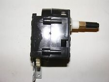 1:6 Tank 21st Century Toys / Ultimate Soldier RC M5 Stuart Gear Box (Right Side)
