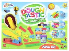 Mega Modelling Play Doh Clay Toy Set With 10 Tubs Of Dough & Moulds R03 0104